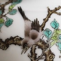 中国絵画の古典を忠実に再現した鵲と黒兎の紅茶ポットのサムネイル
