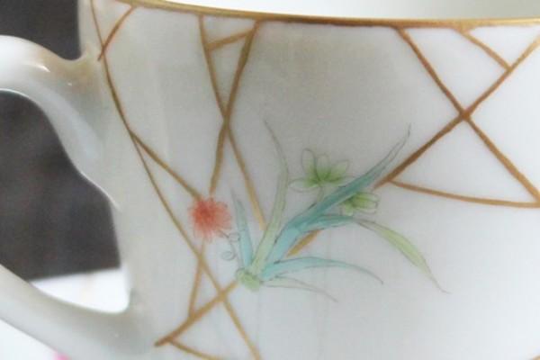 【景徳鎮の絵付け】蘭-高い品格を象徴する花