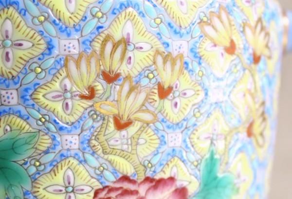 【景徳鎮の絵付け】木蓮-玉蘭ともいわれる高貴な花