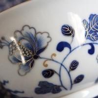 ろくろの技が秀逸、なめらかな肌の金魚図蓋碗のサムネイル