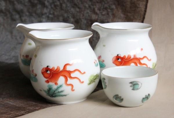 速報!金魚の茶海が入荷しました。