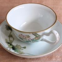 中国古典絵画を今によみがえらせる白鷺のカップ&ソーサーのサムネイル