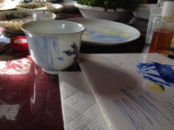 景徳鎮の絵付けの手法、習得中。