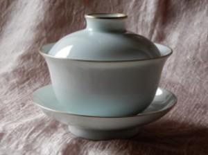 ホンハイ本金彩白磁蓋碗アウトレット